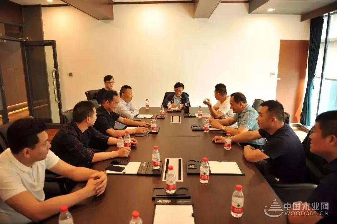 临沂木业协会胶黏剂专业委员会到山东参观学习