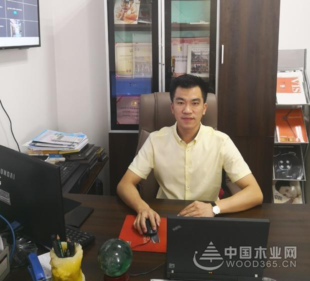 【专�ѝ���d万家集团董事长王徯����Q�立�����品品质,提升品牌竞争�? style=