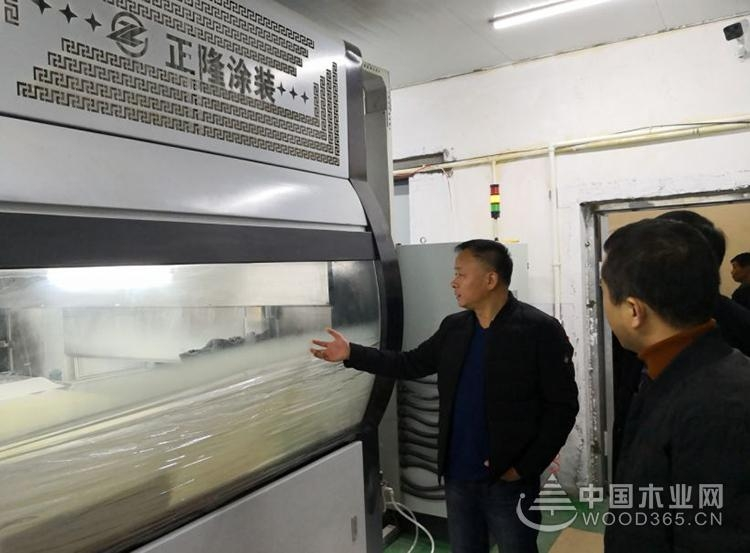 南浔分局局长徐晓荣带队走访木业企业