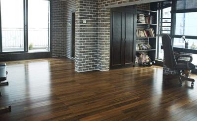 木地板贴膜作用和清洁方法介绍