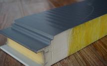 聚氨酯夹芯板生产方式和生产线特点