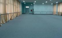 PVC塑胶地板如何进行上墙安装