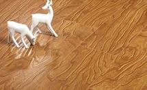 如何选购耐磨地板