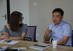 盼盼熊集团董事长到访中国木业网