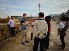 苏州七都镇对盛庄村南庄木材市场开展联合行动