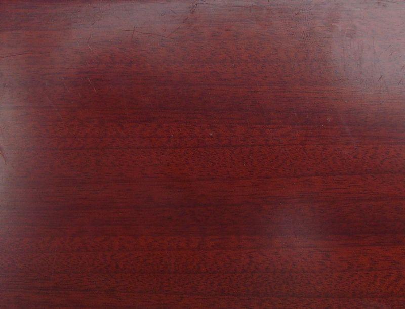 木材名称:红樱桃(拐枣) 木材材性:具光泽。纹理直;结构细而均匀;重量和硬度中等;强度高;干缩中。含硅石,刀具易钝;旋、刨切、胶黏、性能良好;钉钉须先打孔。很耐腐,抗白蚁。干燥慢,缺陷少。锯末对鼻、喉和皮肤具刺激性。气干密度0.7g/m3 木材用途:适用于刨切单板、胶合板、地板、家具、细木工、木线条、室内装饰材料、车旋制品、精密仪器、雕刻等。 广东华盛木业主营世界各地进口木材,有非洲材、南美材、所罗门材、印尼材、马来西亚材、缅甸材等。 木材种类有:白木、菠萝格、卡丝拉、红花梨、麦格利、桃花芯、沙比利、黑胡
