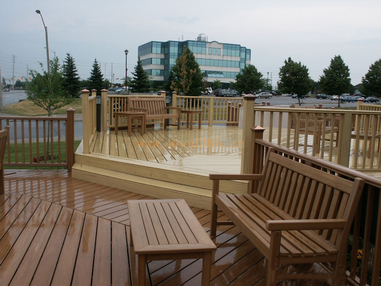 承接塑木地板平台安装工程