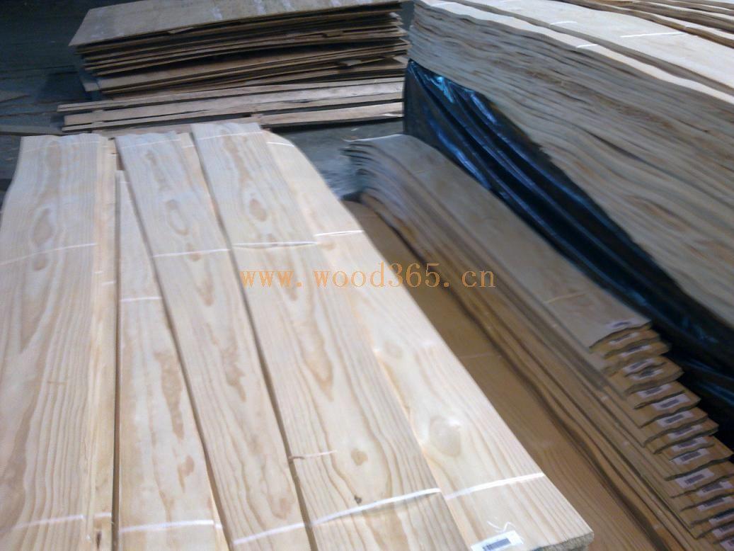 水曲柳,椴木皮,东北桦,桃花芯单板,楸木皮,节松木皮等东北木皮;木皮