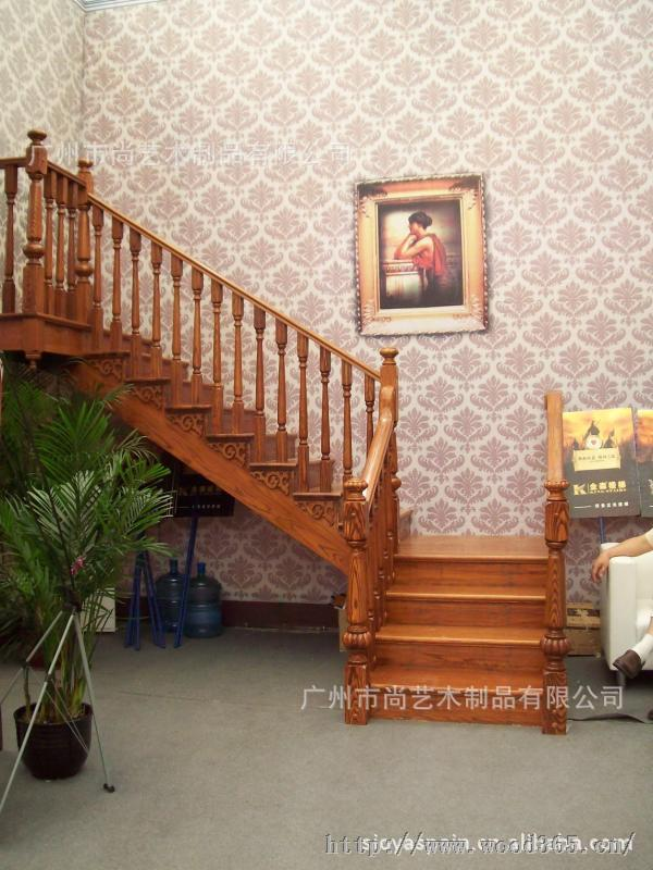 整木家装厂家直销 整木楼梯 新美欧欧式风格别墅实木楼梯