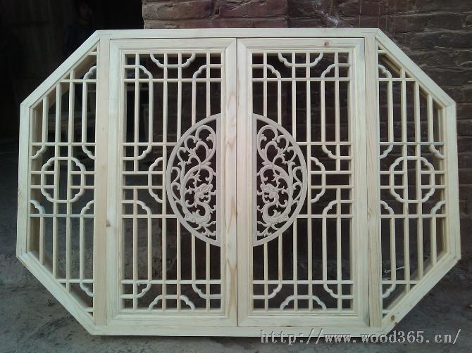 产品描述       我司产品有:仿古门窗,牌匾,屏风,供桌,佛像