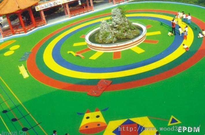 上海铭尚体育厂家<15801782462>是专业生产塑胶跑道.人造草坪、塑胶地坪、安全弹性胶垫、健身器材,集设计生产施工销售一条龙服务。本厂可以定做各种EPDM颗粒 和各种球场材料以及铺设安装. 塑胶跑道,塑胶地坪,网球场,羽毛球场,篮球场,健身器材,安全弹性胶垫,幼儿园场地游乐设施场地、幼儿园场地、中小学体育器械区、全民健身路径区、公园通道、人行天桥、体操场等运动场 长沙幼儿园场地 幼儿园塑胶场地 幼儿园场地铺装 幼儿园活动场地 幼儿园场地设计 幼儿园户外场地 幼儿园活动场地   公司拥有专