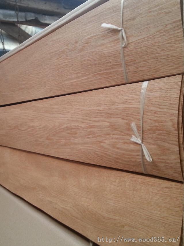 供应柞木地板(木皮)