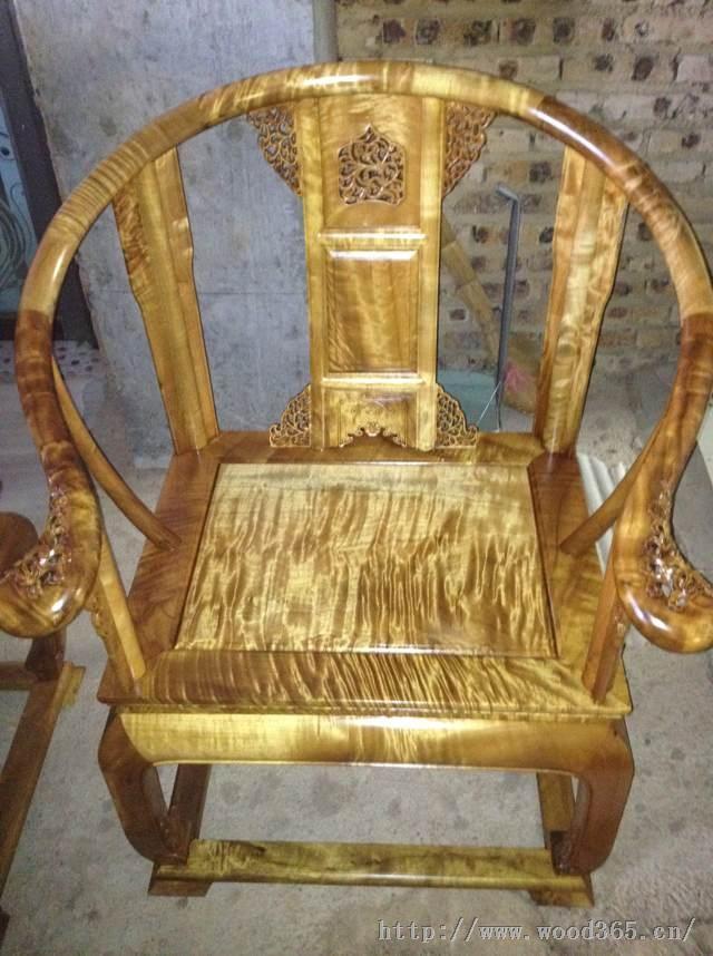金丝楠木古典家具--皇宫圈椅