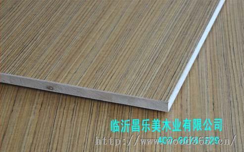 本条产品为:三聚氰胺马六甲细木工板,胶水:环保胶,实际厚度