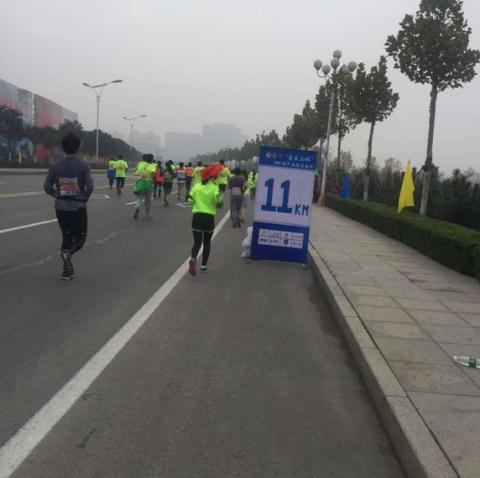 香港优饰:奔跑的团队
