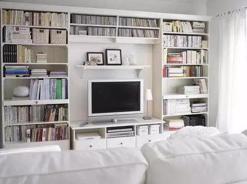 将电视柜与收纳柜,书柜相结合,设计