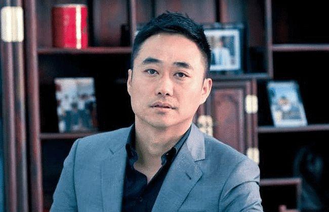 中国辣条之王:高中文化,将5毛钱的辣条做到市值700亿