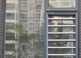 高层防盗门窗图片