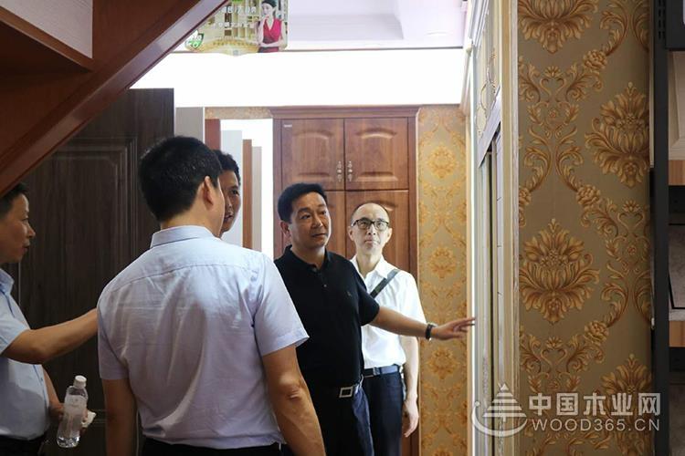 四川广元政府领导一行莅临香港康居宝贝考察指导工作