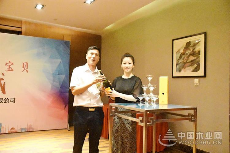 陈紫函再度携手康居宝贝,让您的家居生活更健康!