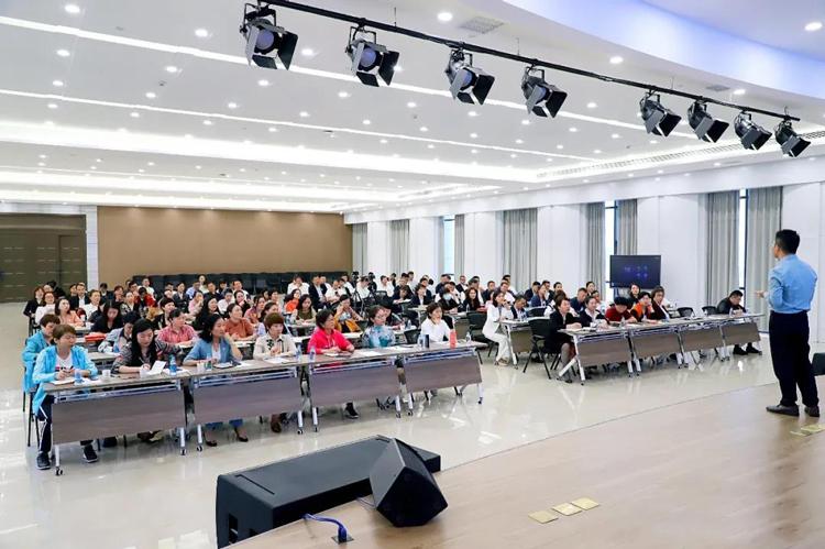 学习无边界,实践得真知;喜迎一众优秀企业家走进雪宝