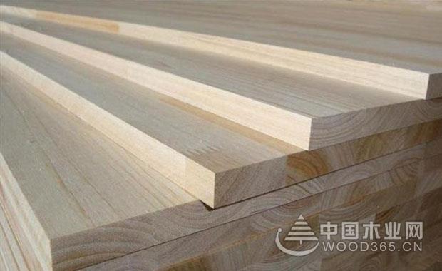 杉木板和生态板哪个比较好?杉木板做吊顶怎么样?