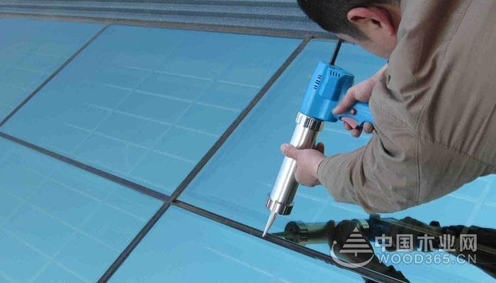石材胶和玻璃胶区别和使用注意事项