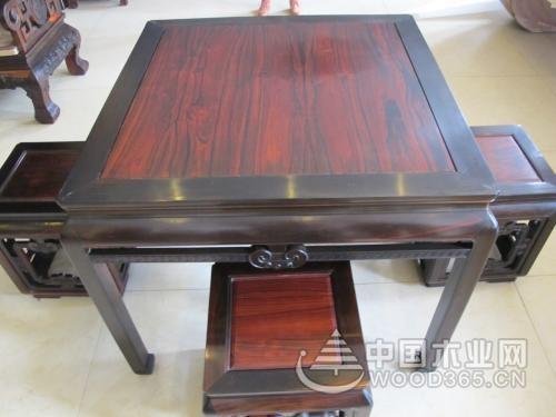 老挝红酸枝多少钱一吨