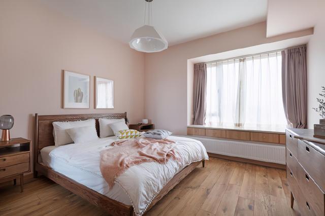 原木家具+素雅白墙,自然、舒适、惬意的家!