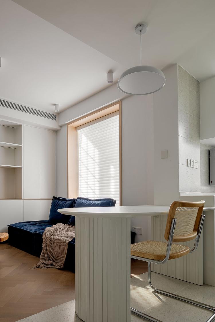 60㎡改极简两房半,LDK客餐厨一体设计