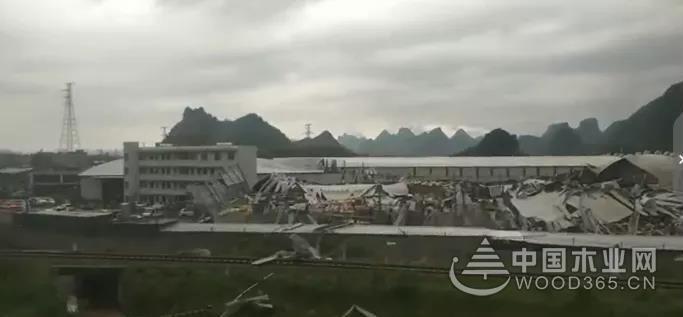 29人受伤!贵港一木业厂房发生倒塌事故!