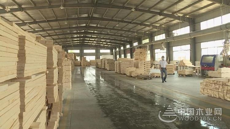 泗阳新袁镇严格对照标准做好木材加工和家具制造产业转型升级