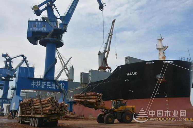 1-7月新民洲港木材接卸量排名全国***