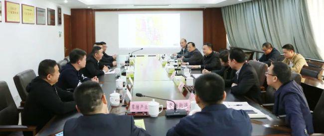 覃塘区委书记会见覃塘板材行业代表