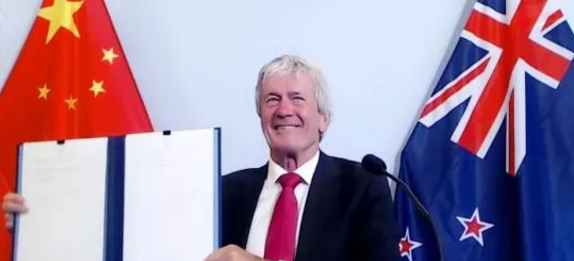 新西兰对华近21.6亿美元木材和纸品99%将免关税准入