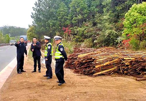 江西定南县开展木材加工厂交通安全宣传