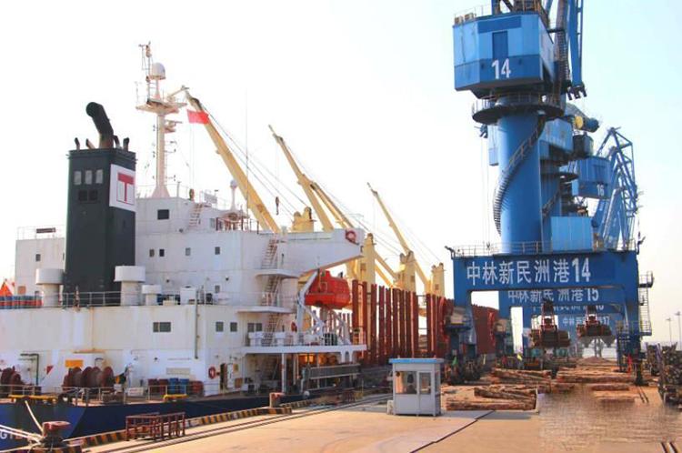 镇江新民洲:打造中国木业第 一港