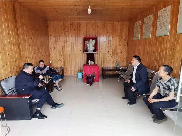 四川雅安雨城区加强木材加工厂安全生产管理