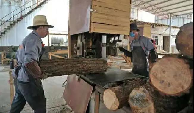 """江西金溪对桥村:木业加工蹚出发展""""新路子"""""""
