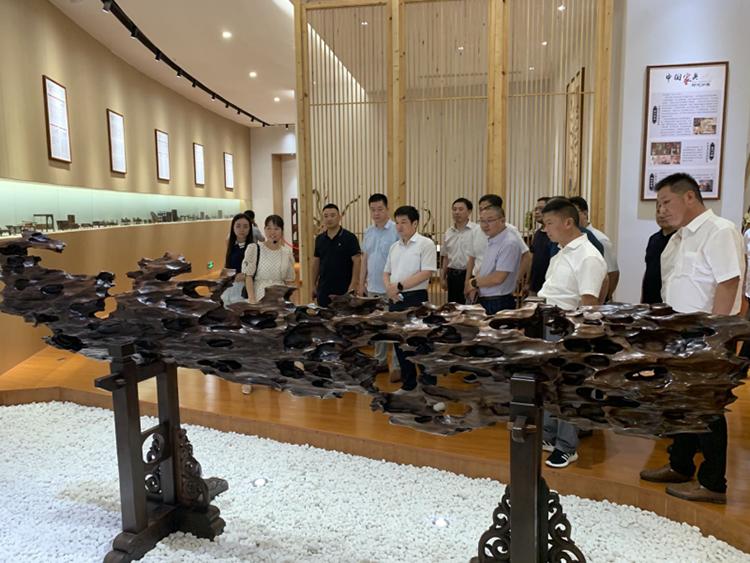 六安叶集领导带队到江西省赣州市调研木材加工企业等