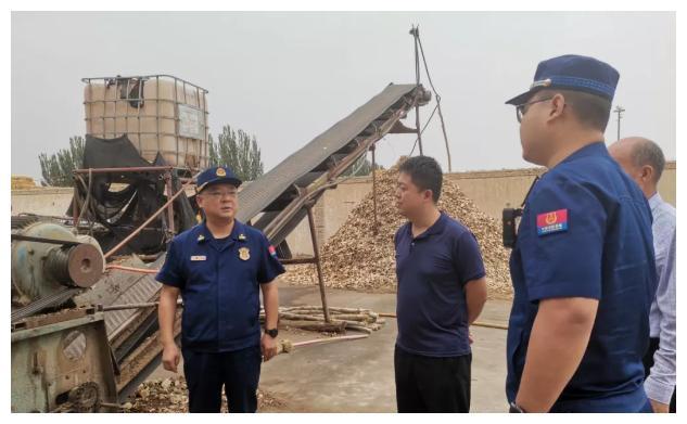崇左扶绥中东镇开展木材加工厂消防安全检查