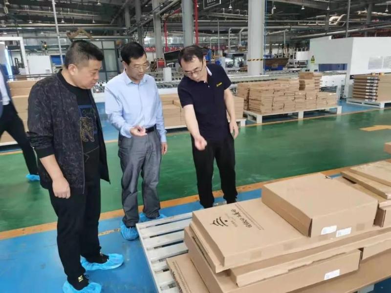 湖北东宝区领导带队赴北京、河北开展家具招商引资活动