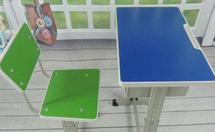 二手课桌椅在哪里买?二手课桌椅价格如何?