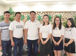 携手并进  广西伟新集团到↑访中国木业网