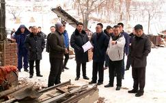 辽宁辽阳县多部门联合整治违法木材加工厂点