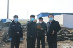 临沂周庄木材市场发生火灾 无人员伤亡