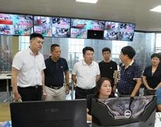 贵港市委常委韦庆强率队前往福建省漳州市考察木业企业