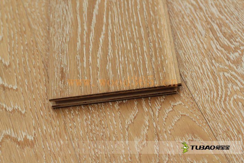 供应兔宝宝实木复合地板:厚皮普通系列-白金汉宫