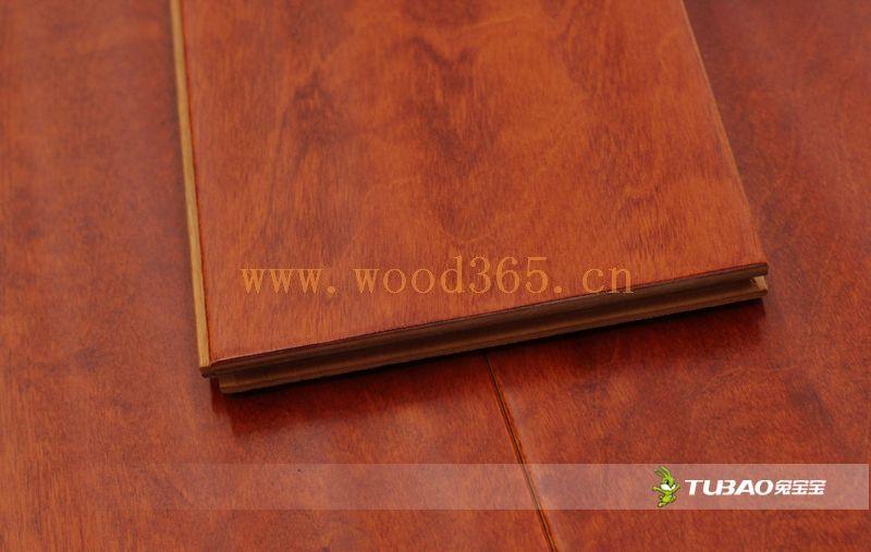 供应兔宝宝实木复合地板:特色仿古系列-榆木TBE-301
