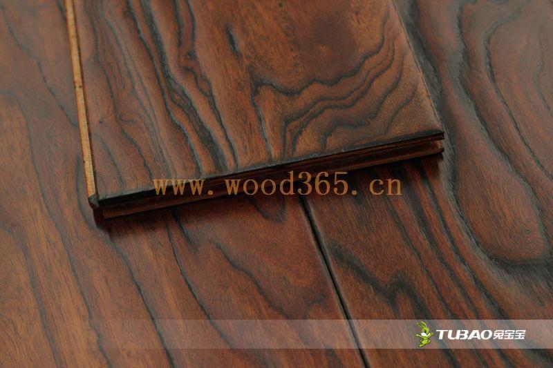 供应兔宝宝实木复合地板:特色仿古系列-榆木TBE-306